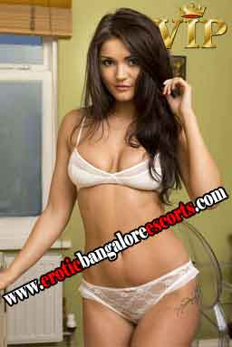Escorts Service in Cooke Town